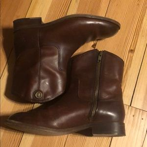 Frye Melissa Button short booties